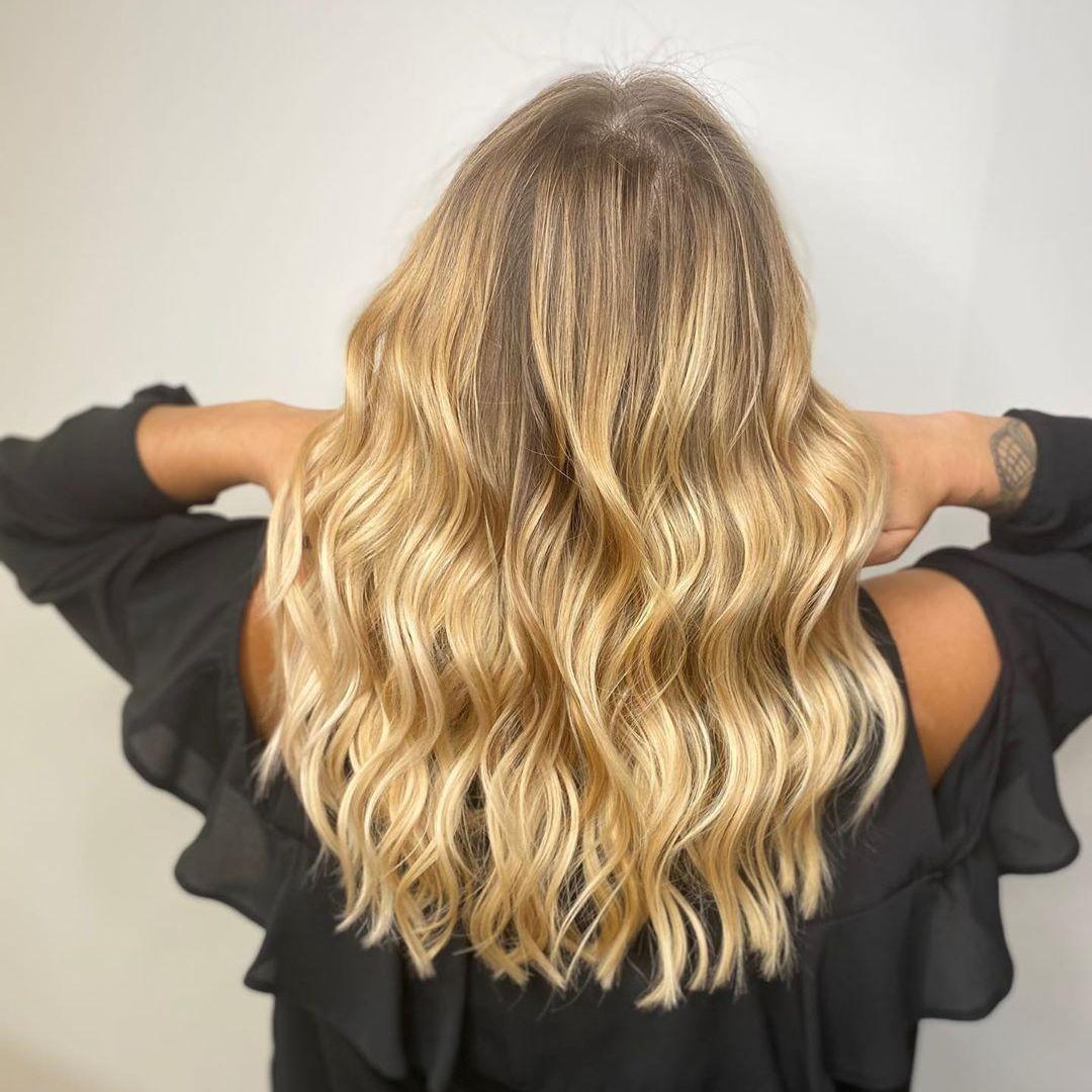 Bravo Au Salon Thierry Lothmann A Montreuil Sur Mer Pour Cette Jolie Realisation Shampoing Blond Paris