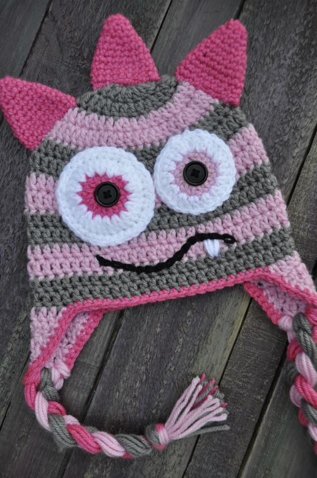girl monster crochet hat ... Cute idea, no pattern. Use repeatcrafterme.com  tutorial for pattern, like this design. 0bc64804f92