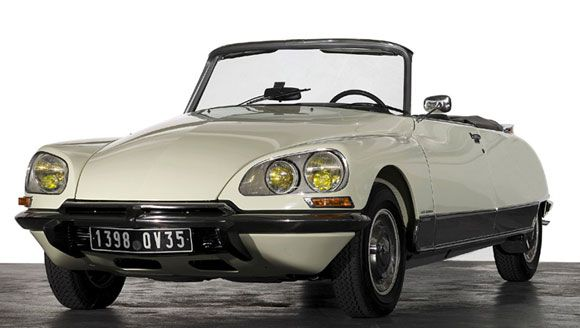 rare citroen ds convertible feches 440k at retromobile auction cars cars cars and more cars. Black Bedroom Furniture Sets. Home Design Ideas