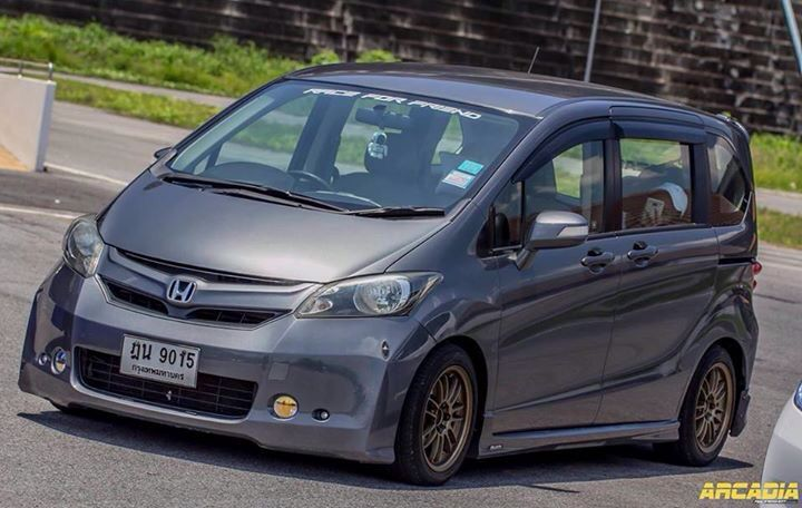 Pin Oleh Andhika Ci Boy Di Honda Freed Modifikasi Mobil Mobil