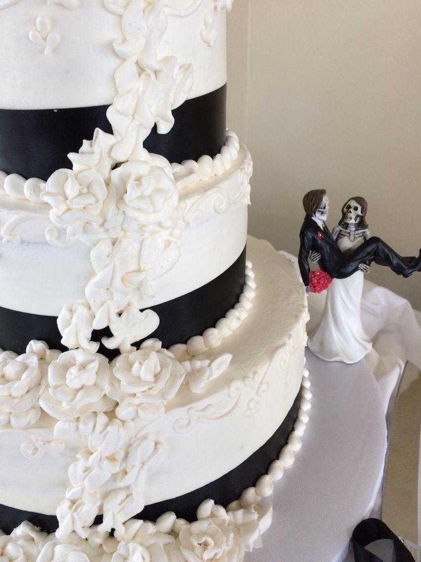 Mr. & Mrs. Leanos Wedding Cake 11/01/14 ❤ ❤ Dia De Los Muertos ...