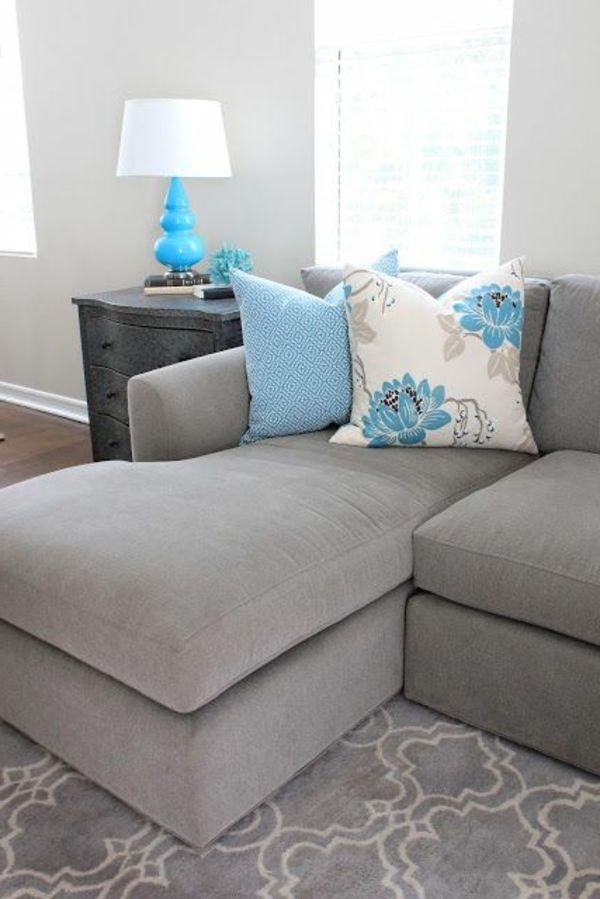 Grau Wandfarbe Graues Sofa Farbige Dekokissen