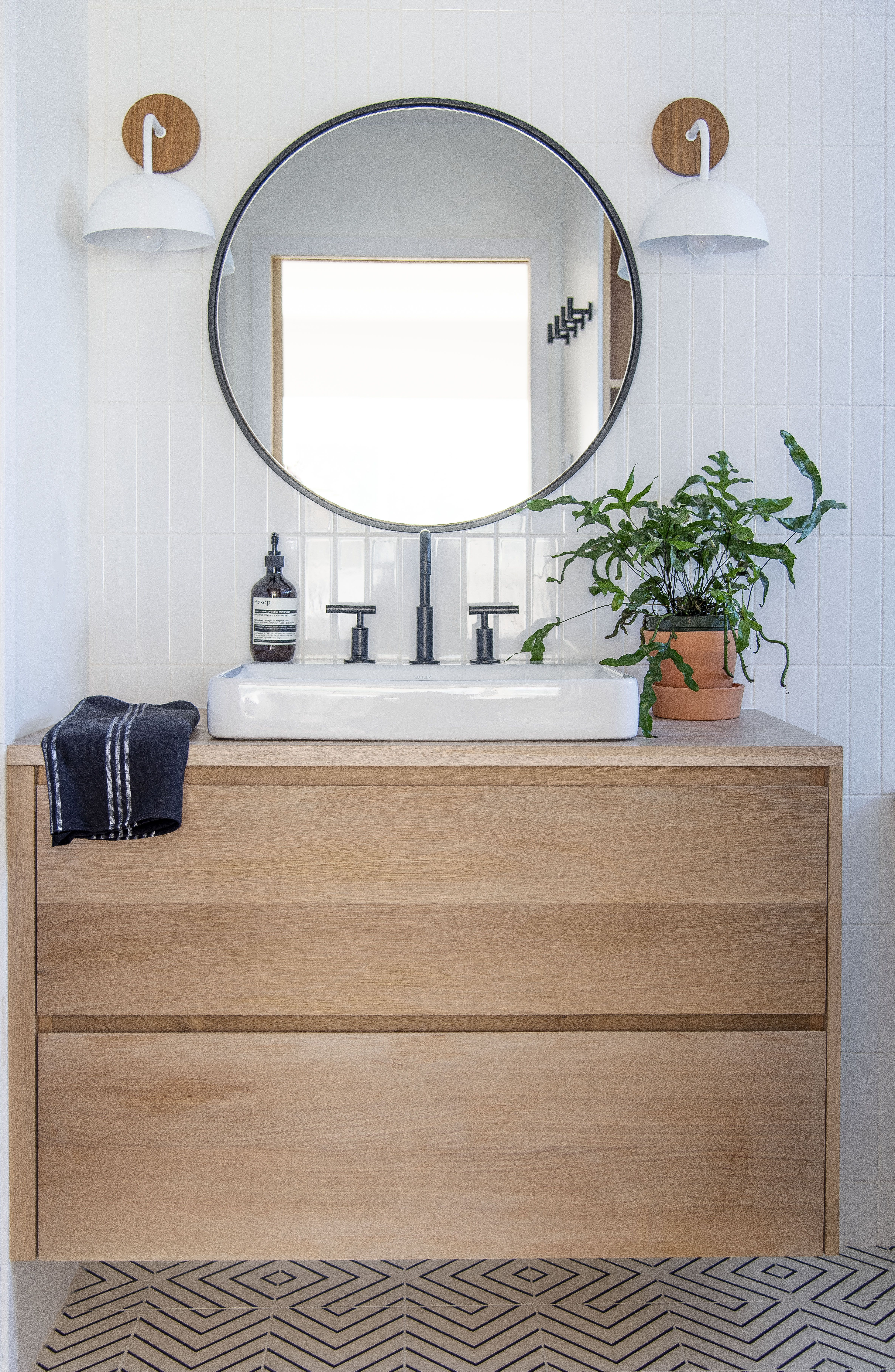 Designcandy Interiors Modern White Bathroom With Floating White Oak Vanity Modern White Bathroom Oak Vanity Bathroom Oak Bathroom Vanity [ 7263 x 4736 Pixel ]