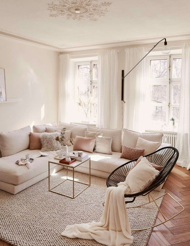 Modern Contemporary Chic Living Room Decor Cream Off White Big Sofa Black Egg Chair Chic Living Room Decor Contemporary Chic Living Room Chic Living Room