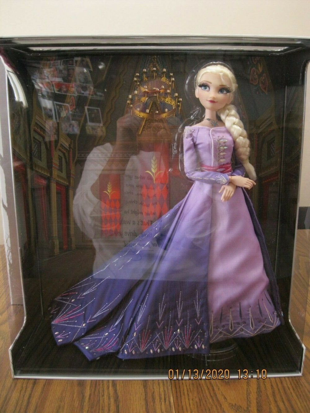 Frozen 2 Limited Edition Disney Saks 17 Elsa Doll Nrfb Gorgeous Ebay Elsa Doll Disney Barbie Dolls Frozen Elsa Dress