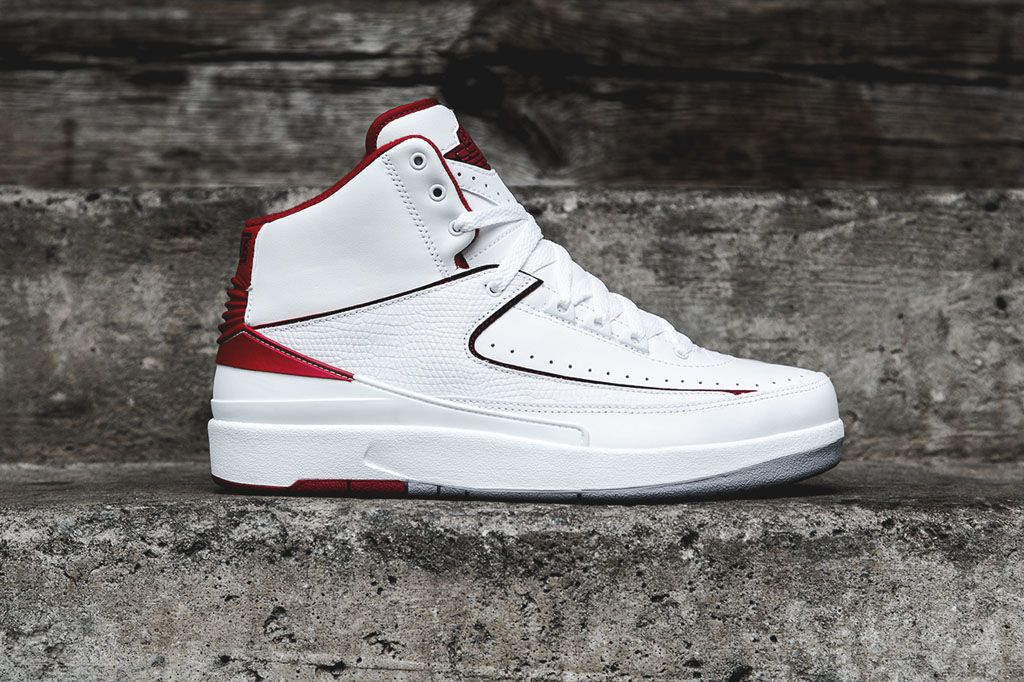 Air Jordan 2 Retro White/Red: After several interesting non-original  colorways of the Air Jordan 2 Retro, Jordan Brand is finally set to release  the shoe in ...