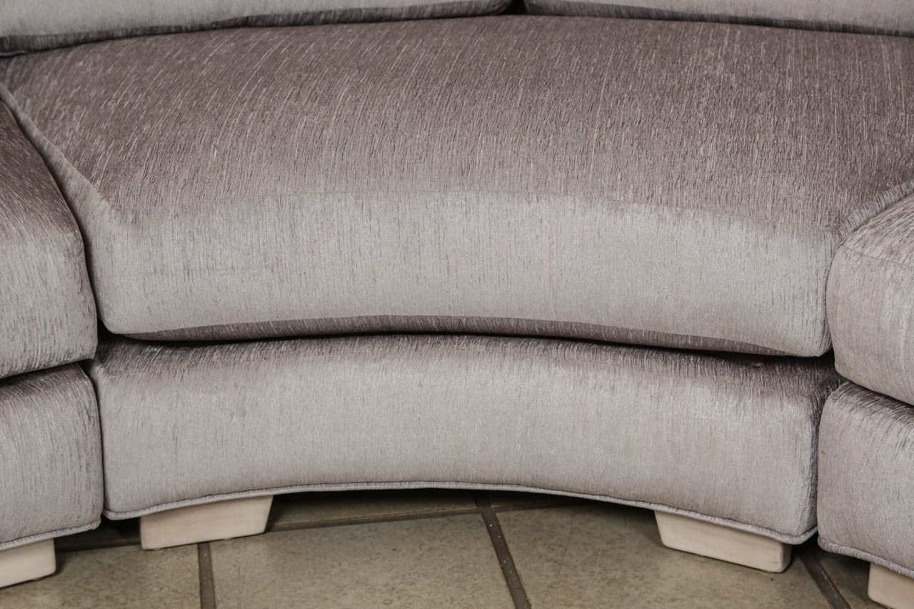 Beautiful Curved Sectional Sofa In Three Parts From A Unique Collection Of Antique And Modern Sectional Sofas At Http Www 1stdibs Rundes Sofa Sofa