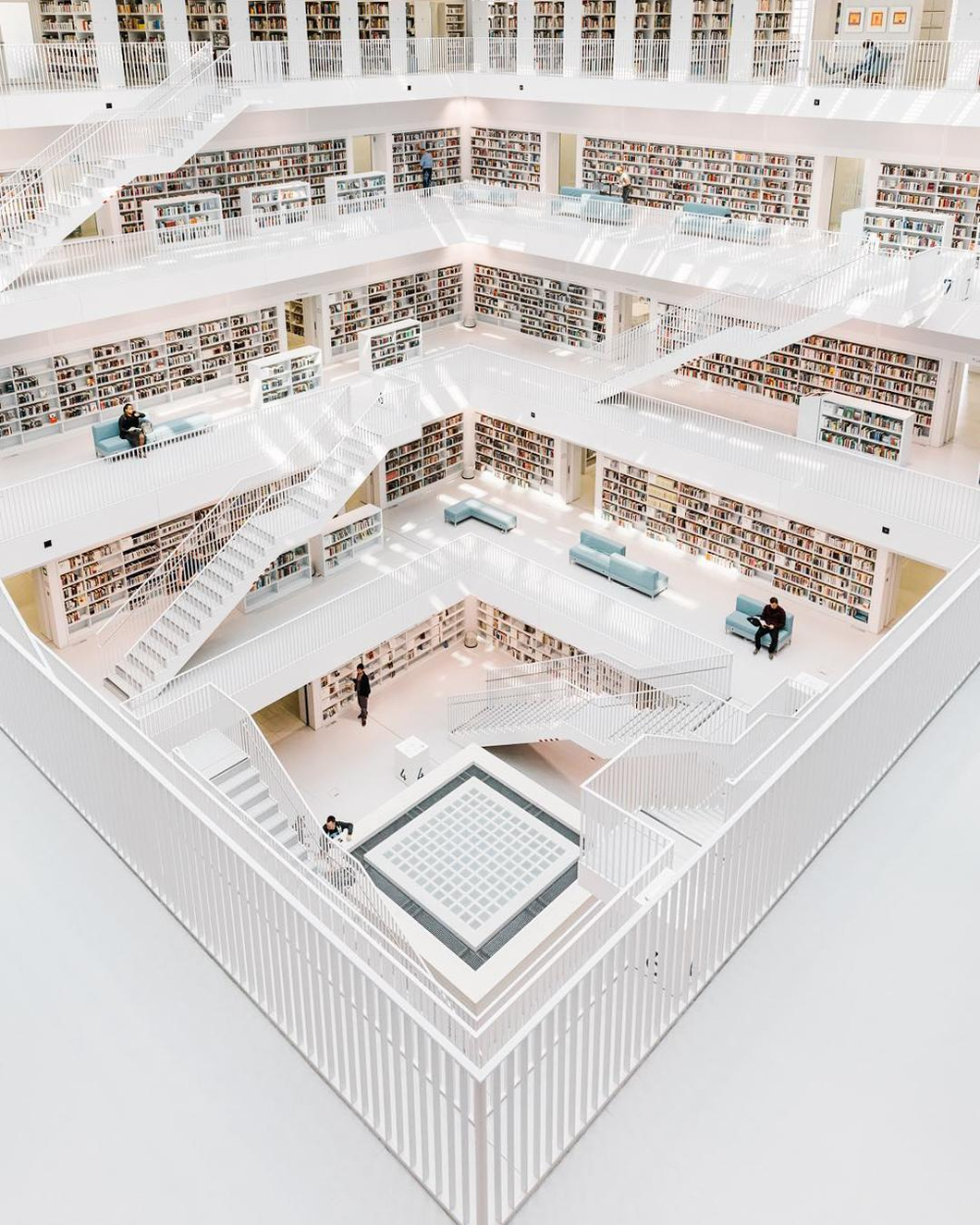 These 20 Libraries Around The World Look Like A Harry Potter Set House Architecture Design City Library Library Design