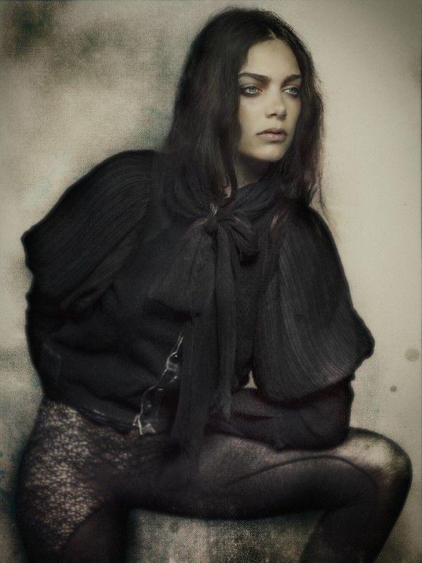 photography: rahi rezvani styling: biek verstappen model: jacomien
