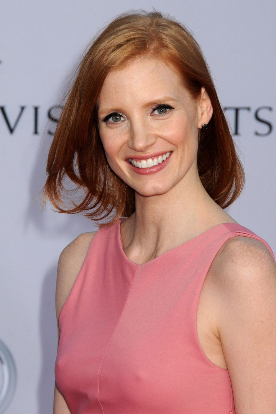 jessica chastain wearing warm pastel pink also a pure autumn and jessica chastain wearing warm pastel pink also a pure autumn and tinted autumn colour