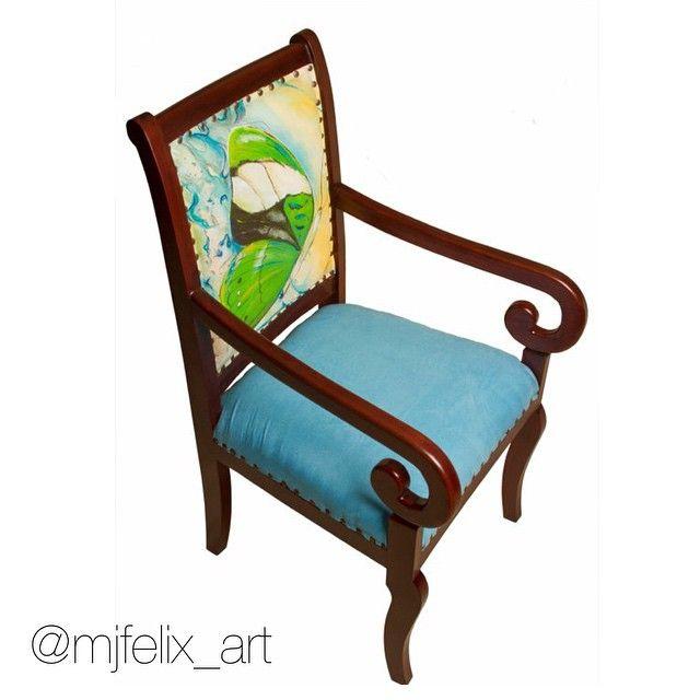 """Silla """"Colección Metamorfosis"""". Respaldar: pintura acrílica sobre lienzo (ambos lados). Obra de María José Félix  #arte #artist #art #ecuadorian #design"""