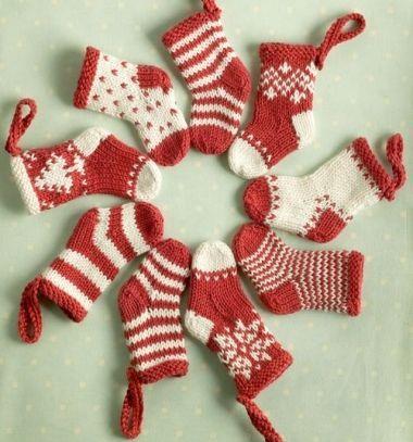 Little Knitted Christmas Stockings Free Knitting Pattern Kttt