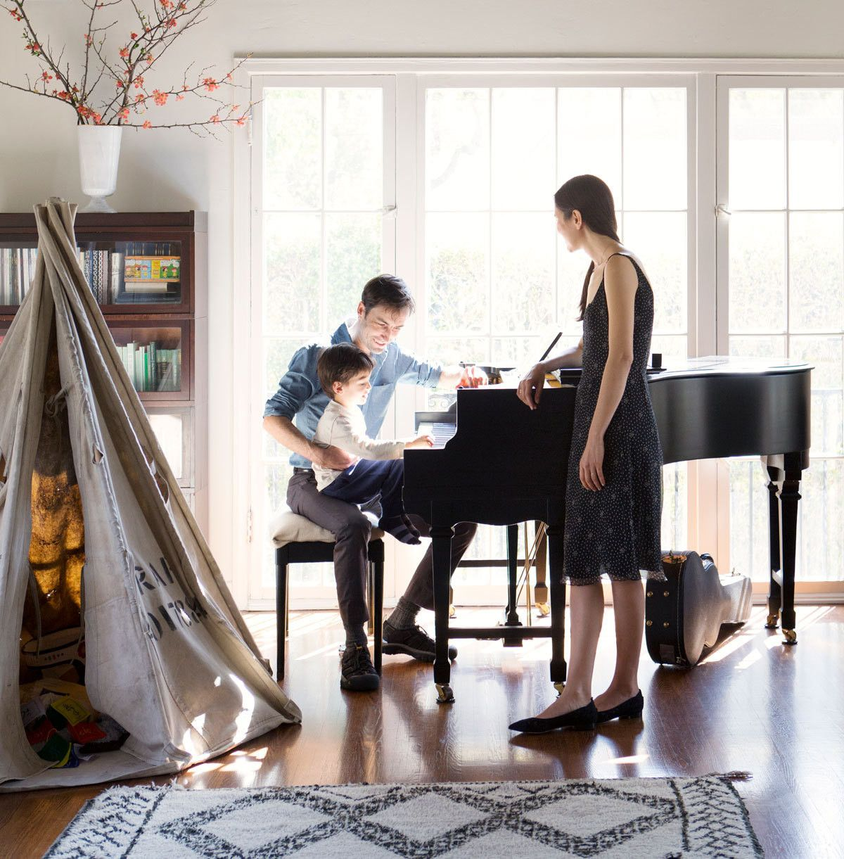 Pitch Perfect Andrew Bird And Katherine Tsina At Home Home Living Room Photos Family Room