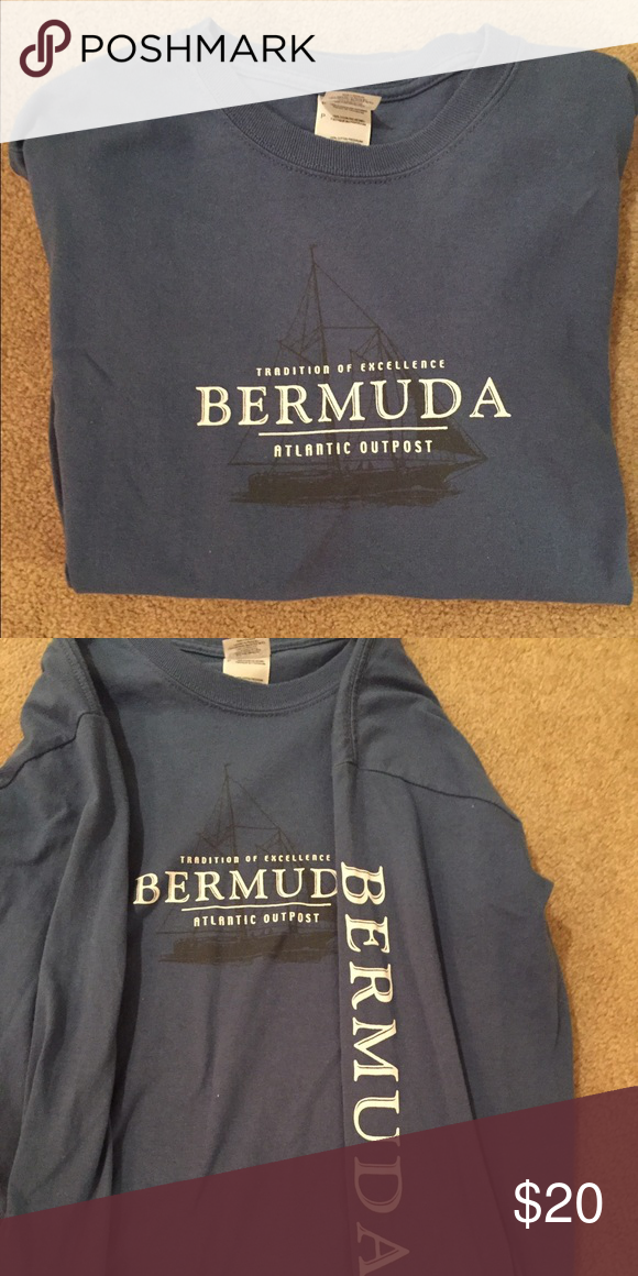 Bermuda long sleeve Comment for more pictures if you'd like! Feel free to make an offer  Gift Shop Tops Tees - Long Sleeve