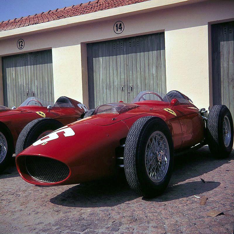 grand prix d 39 italie monza en 1960 ferrari dino 246 256 v6 2 4 tipo 171 de scuderia ferrari. Black Bedroom Furniture Sets. Home Design Ideas