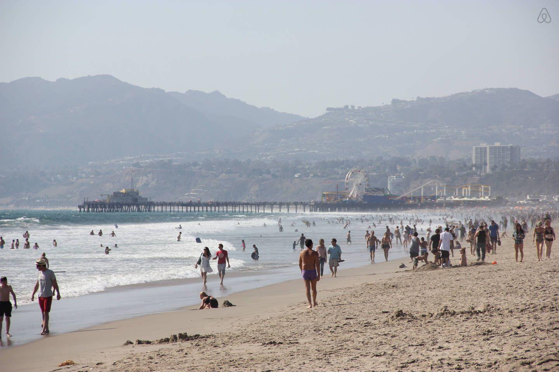 Venice Beach Cabana In Los Angeles Beach Cabana Los Angeles Vacation City Vacation