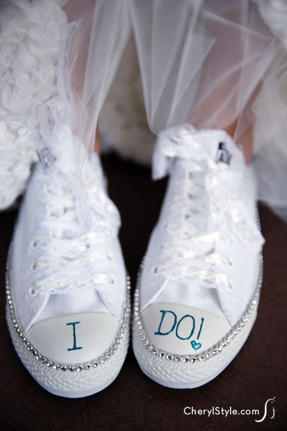 huge selection of 6e8db 0241a DIY Bride Sneakers Craft with Bling for her Wedding ...