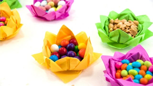How to make paper napkin flowers lotus flowers party ideas lotus flower napkins mightylinksfo