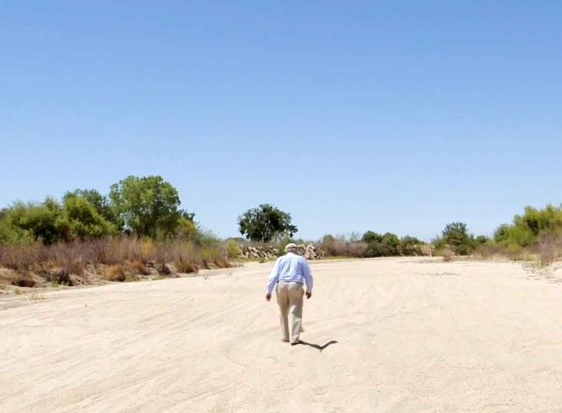 Endangered River Action: Save the San Joaquin_Walt Shubin walks along the dried bed of the San Joaquin