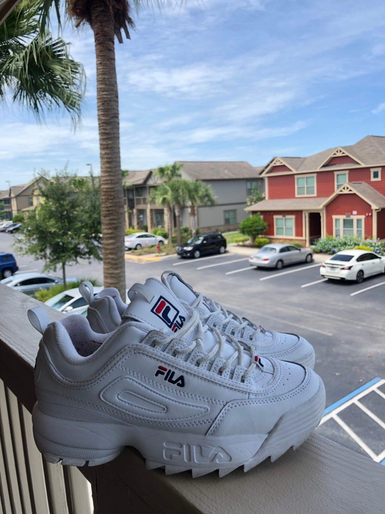 FILA SIZE 7 , for sell! in 2019 | Sneakers nike, Fila