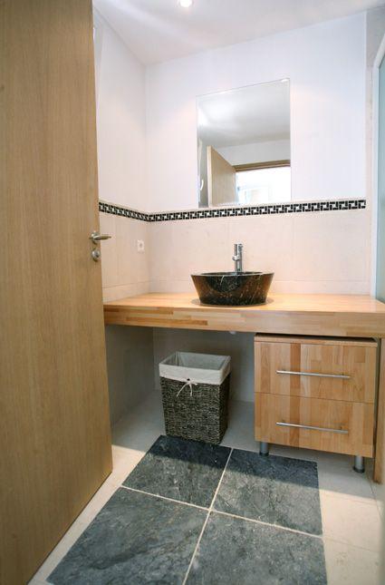 Salle de bain Marbre Beige BB et Marbre Noir - Revetement Exemples ...