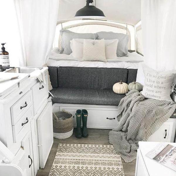 28 Lovely RV Camper Remodel Ideas for Fall Design