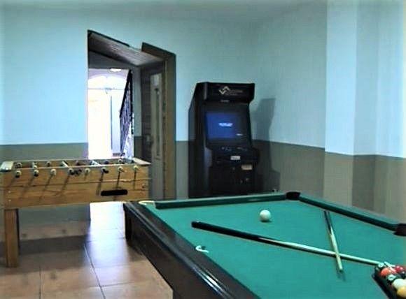 SORIA, ABEJAR. Casa Rural La Casa De La Hiedra. Dispone De 8 Dormitorios, 5  Baños, Cocina, Dos Salones Con Comedor, Terrazas Y Sala De Juegos Con  #billar, ...