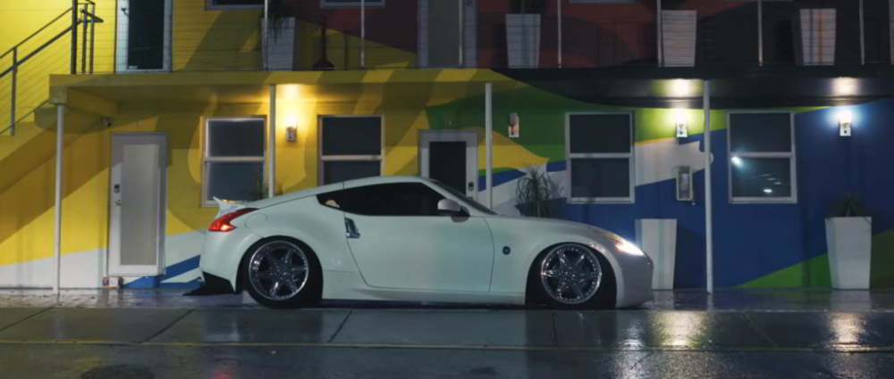 White Things white color 370z