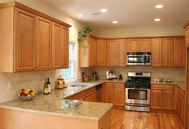 Best Light Kitchen Cabinets Home Design Traditional Kitchen 640 x 480
