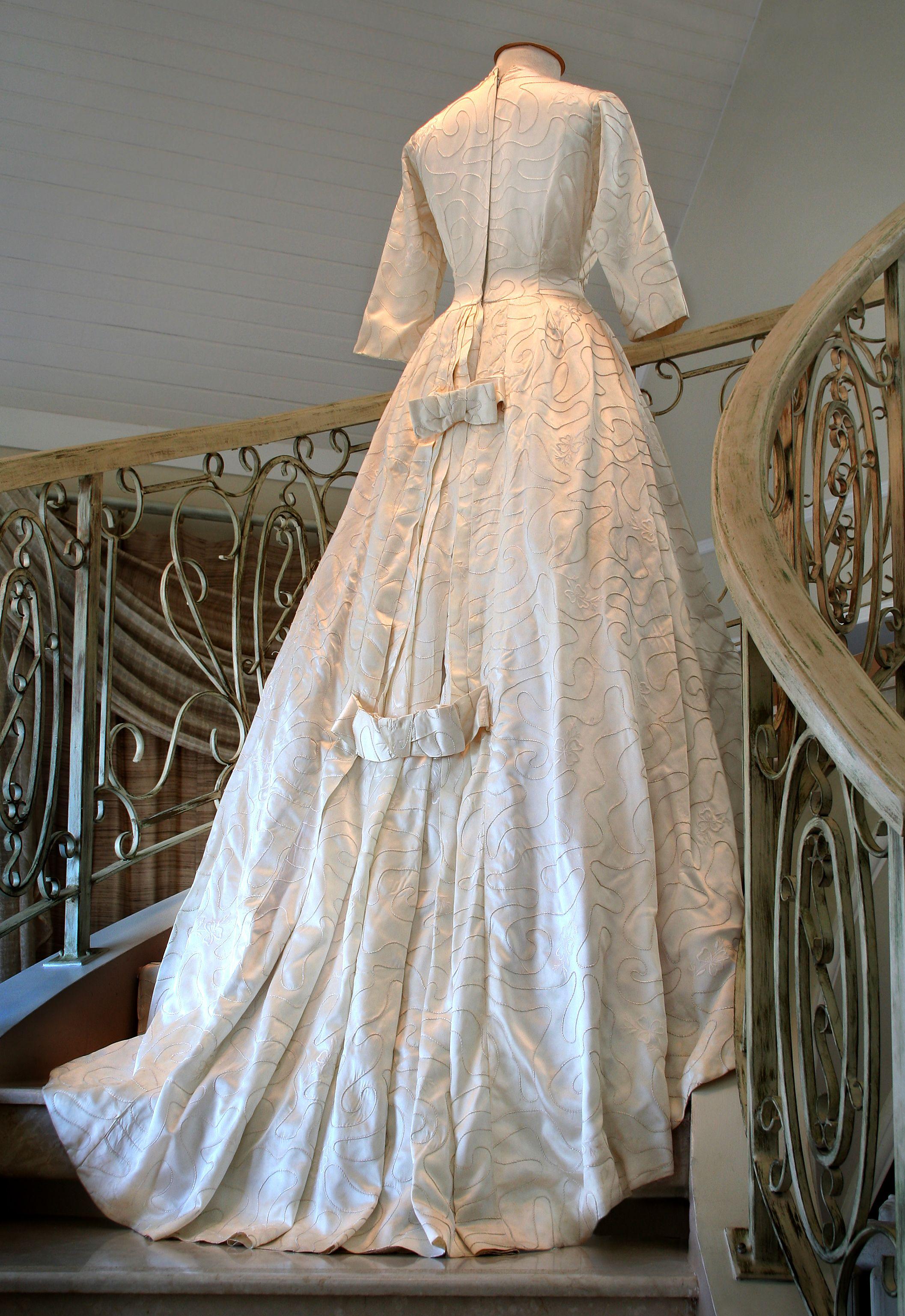 Vestido de Noiva -  1950's  Doação: José Alfredo Beirão Filho   Foto: Joaquim Araújo