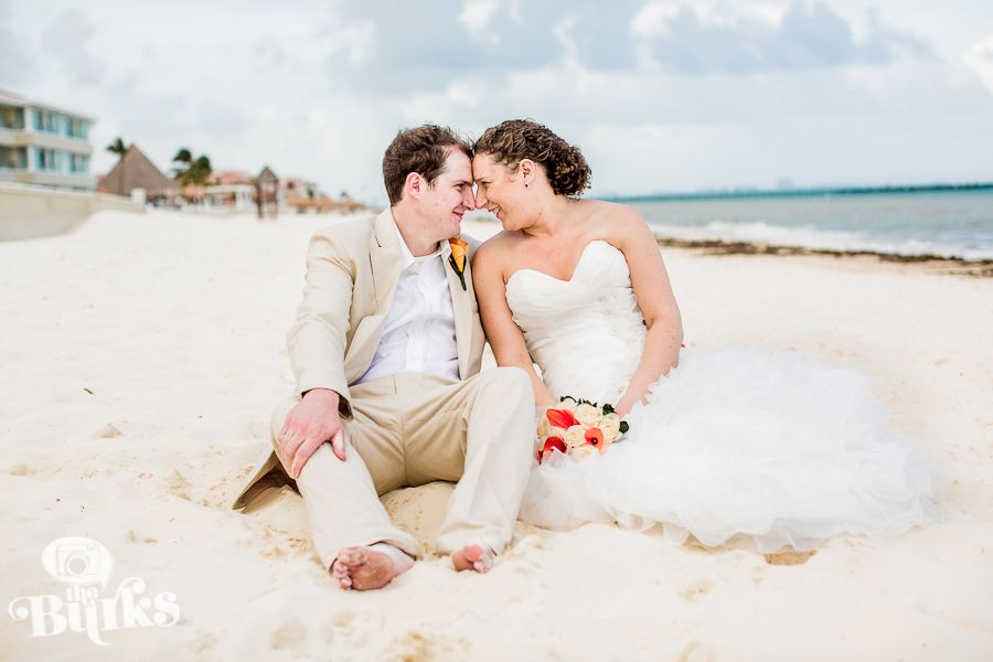 A cute photo from a recent wedding in Cancun, Mexico