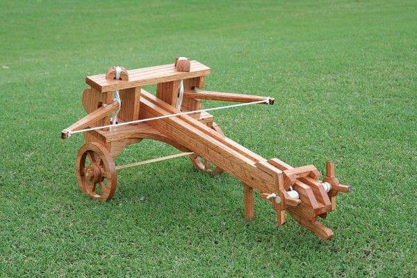 Roman Style Ballista Catapult