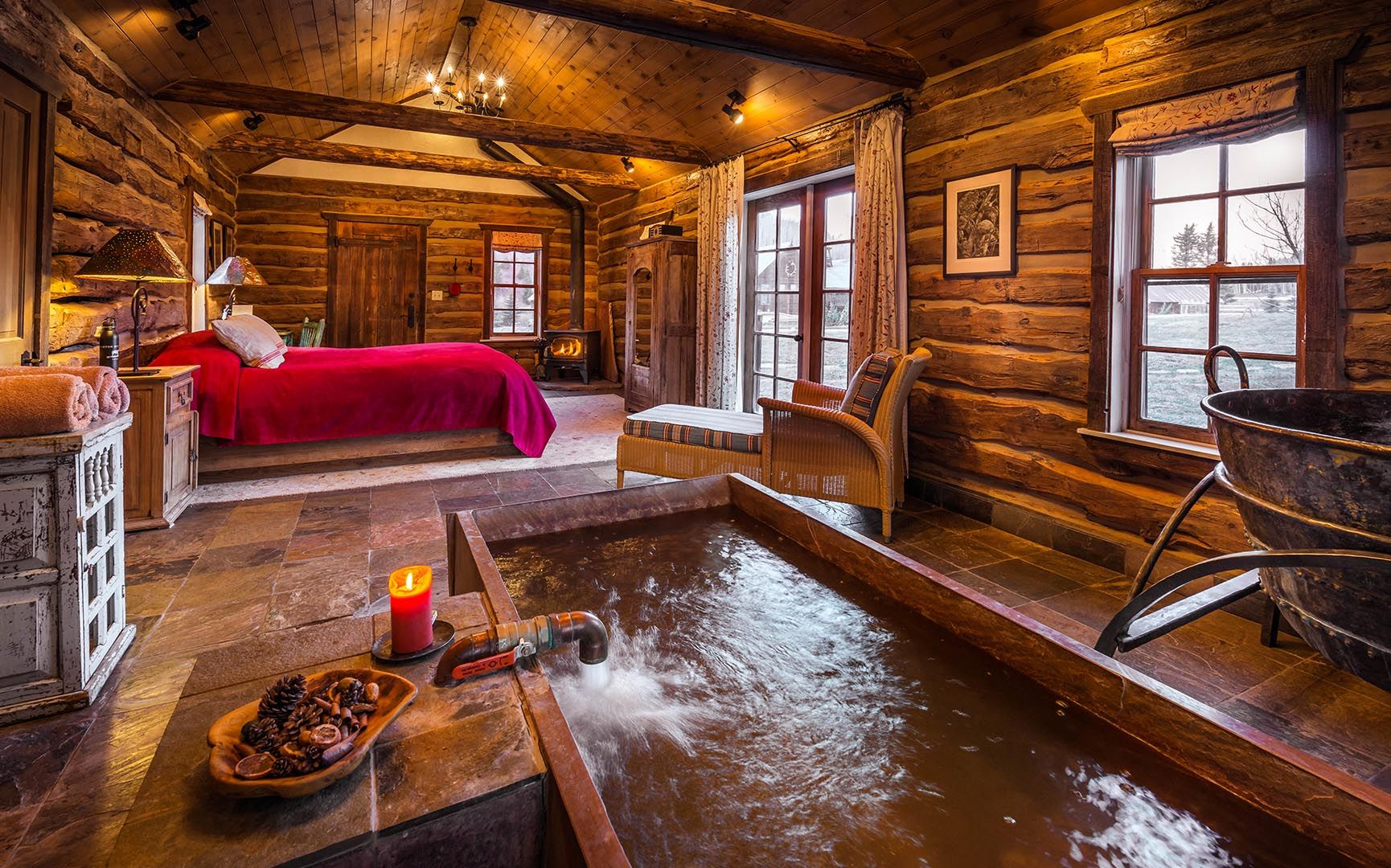 The Interior Of Well House Cabin. With Private Indoor Hot Spring Tub, And  Gas
