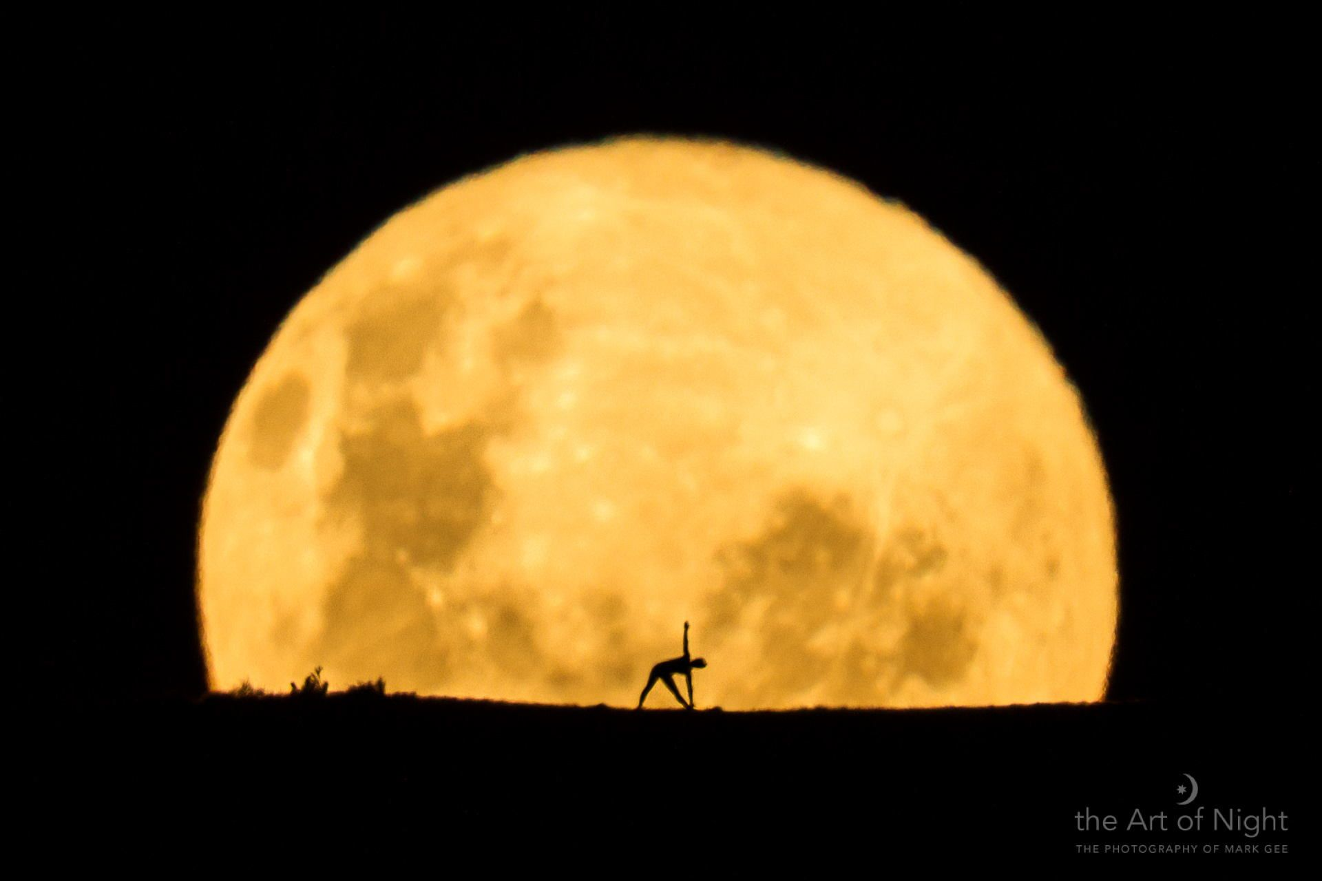 Yoga By The Honey Moon by Mark Gee on 500px | www.theartofnight.com | www.facebook.com/markgphoto