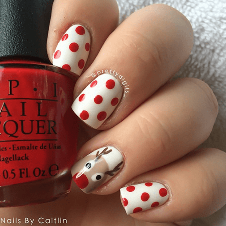 25+ Easy Christmas Nail Art Designs To Try Yourself – Elephant On The Road #holidaynails