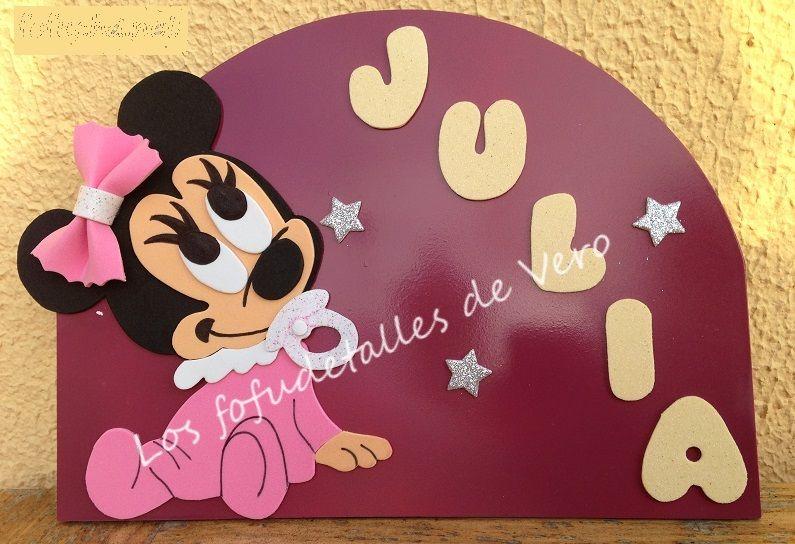 Cartel con nombre en goma eva Minnie bebe