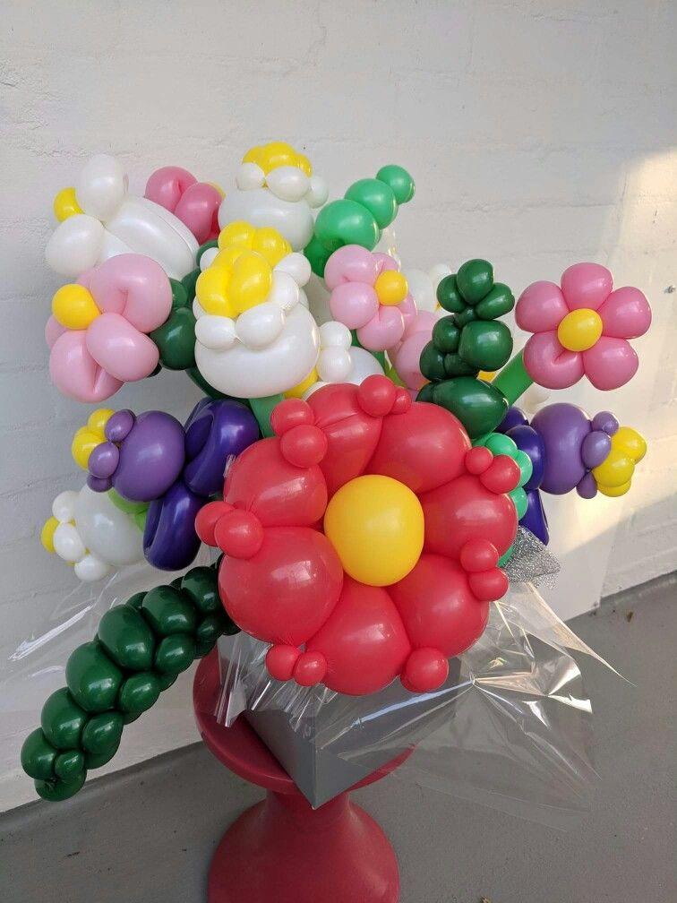 Pin By On フラワー Balloons Balloon Design Balloon Flowers
