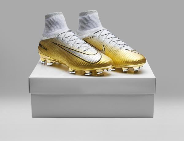 sports shoes 6dff6 ff7cb Cristiano Ronaldo Mercurial Superfly CR7 Quinto Triunfo Boots ...