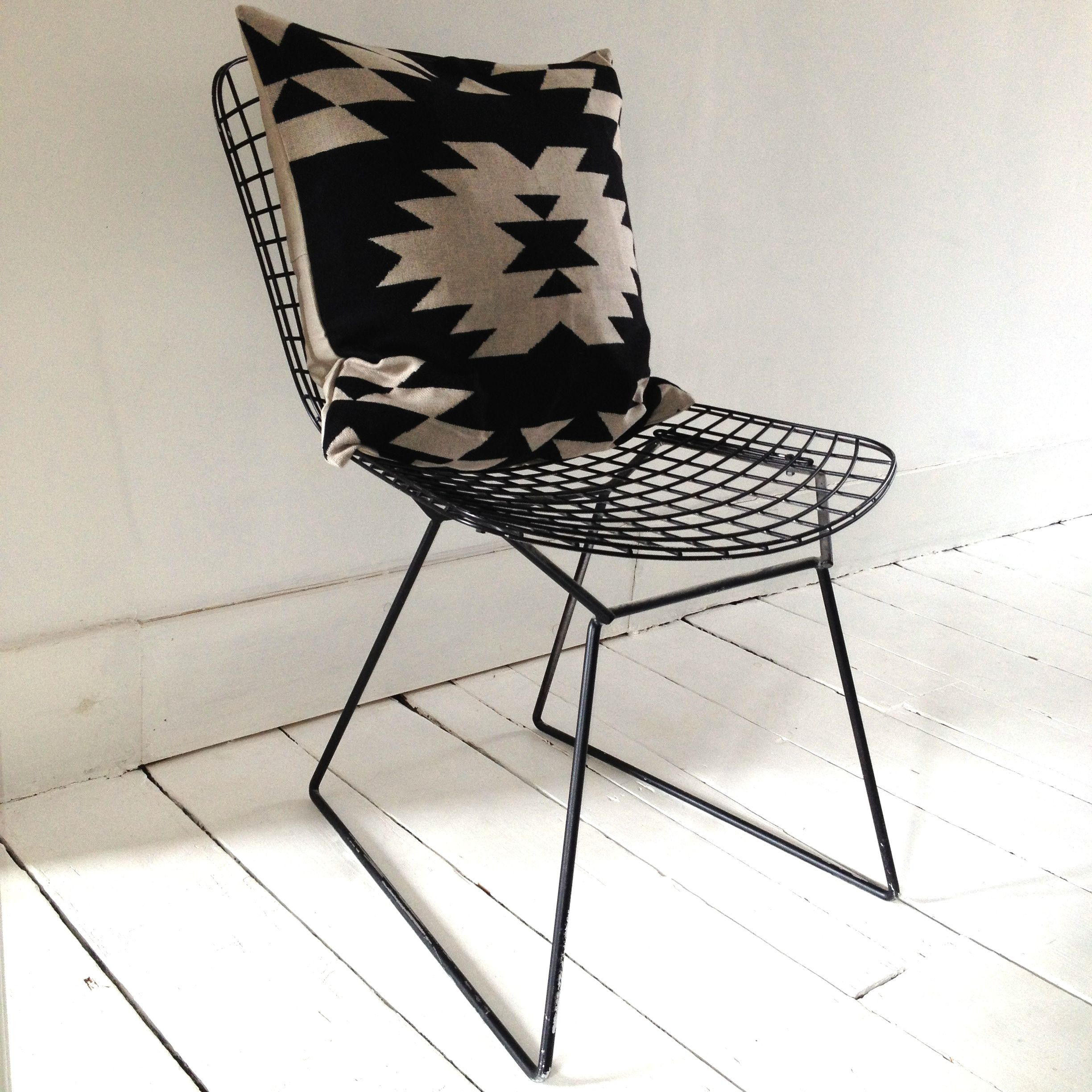 bertoia style chair. Black Wire Harry Bertoia Style Chair With Aztec Monochrome White Cushion
