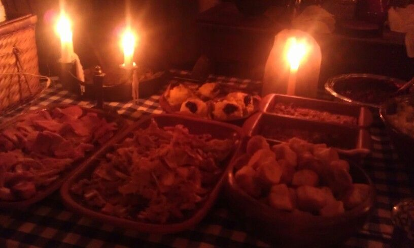 Christmas dinner for the candle light tour. | Christmas ...
