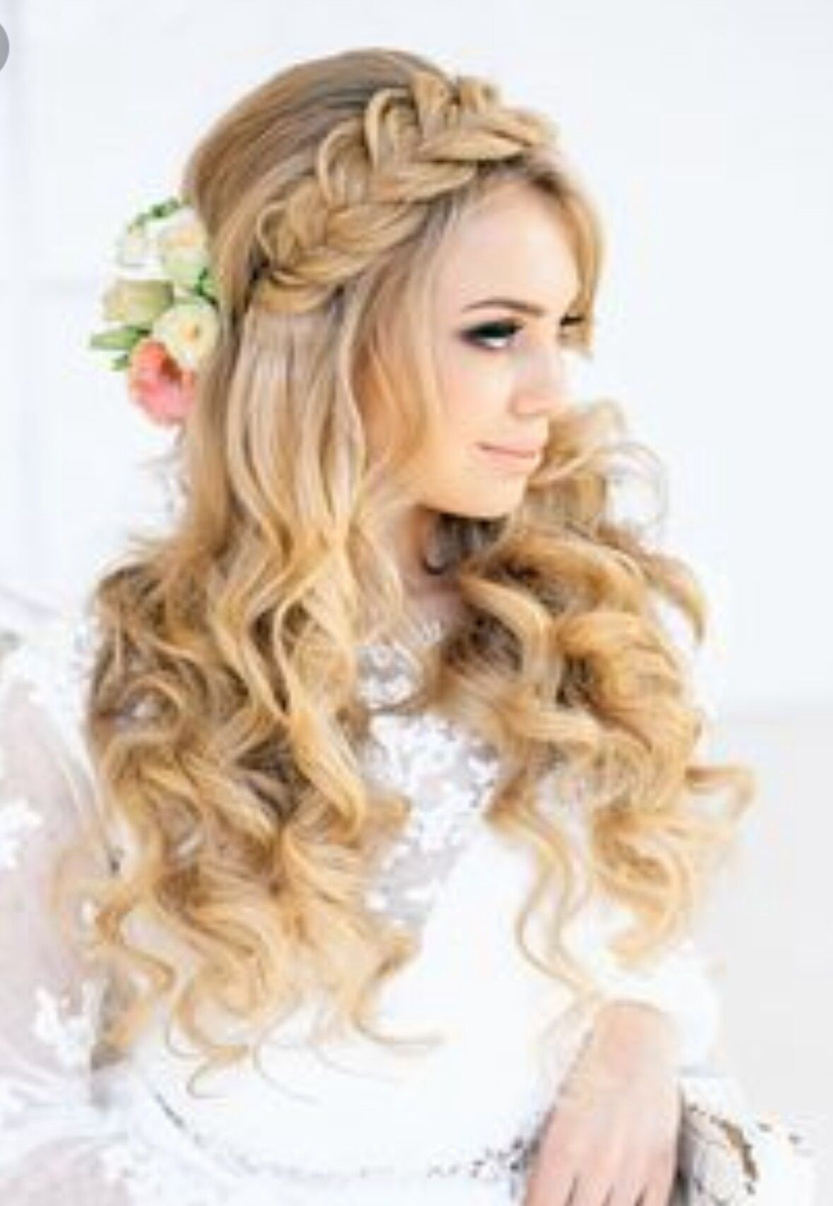 Pin by Valenzuela on hairstyles Pinterest
