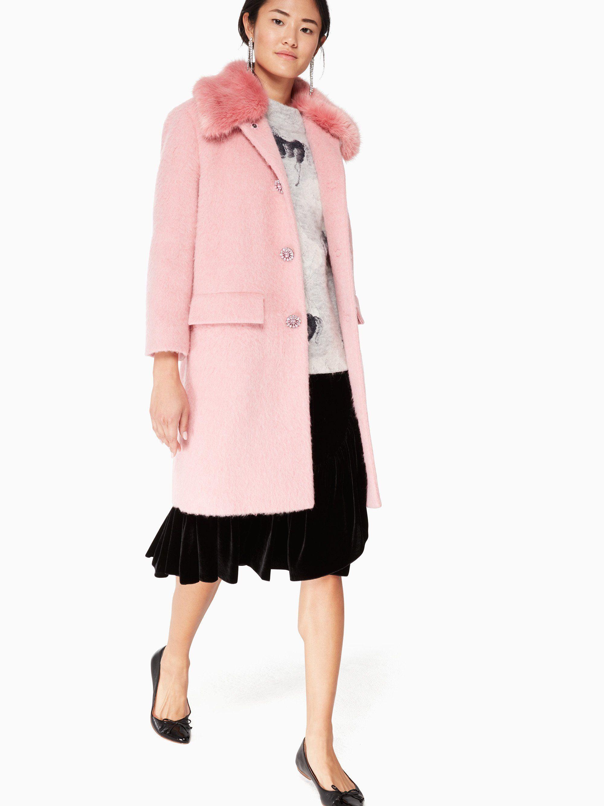 5601101dc Pin by Mary Sandler Glynn on Wish List | Fur trim coat, Coat, Fur trim