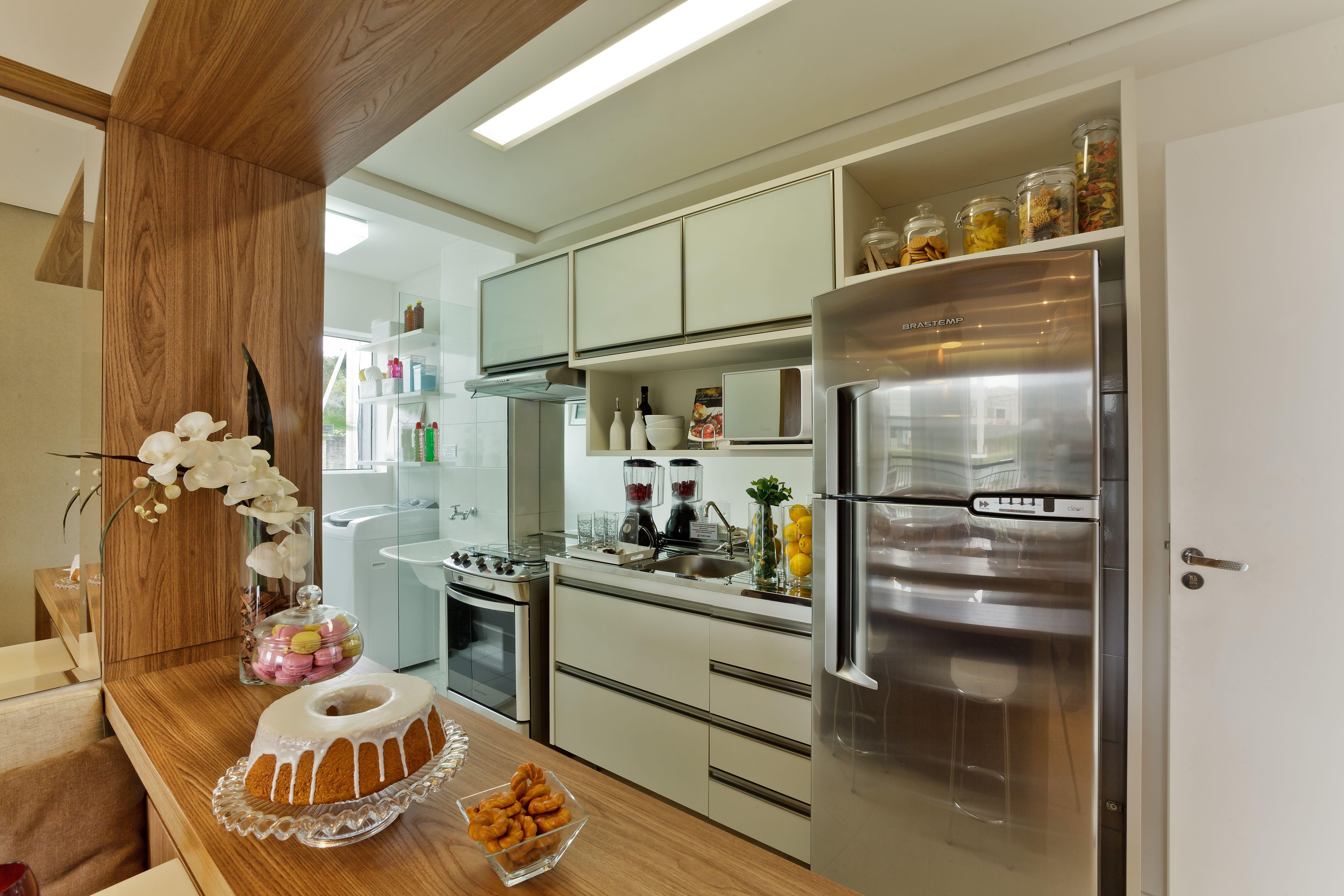 Balc O Em Madeira Que Conecta Cozinha Aberta A Sala De Jantar