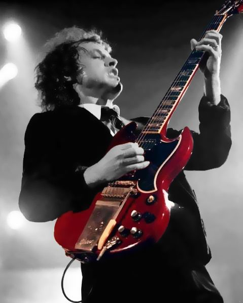 Angus_Young___red_Gibson_SG_by_devil84k.jpg (479×599)