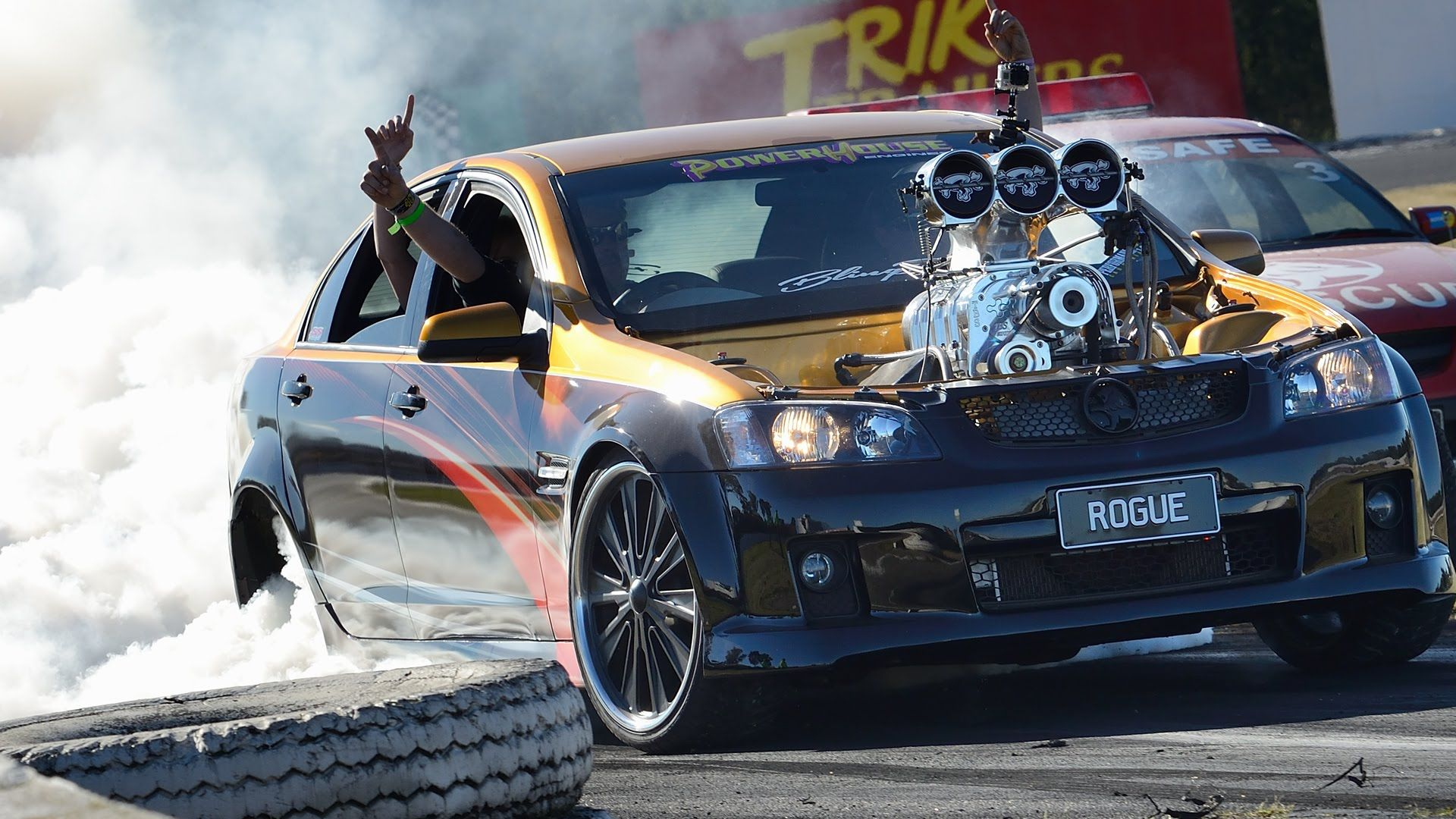 Blown V8 Holden Commodore Burnout FIRE – ROGUE | Drags
