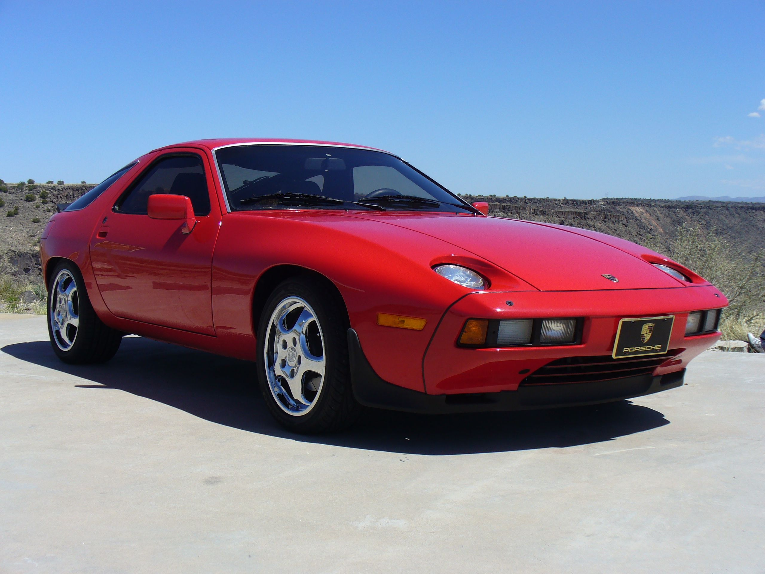 To Someday Buy And Faithfully Restore The Porsche 928s Porsche 928 Porsche Porsche Cars