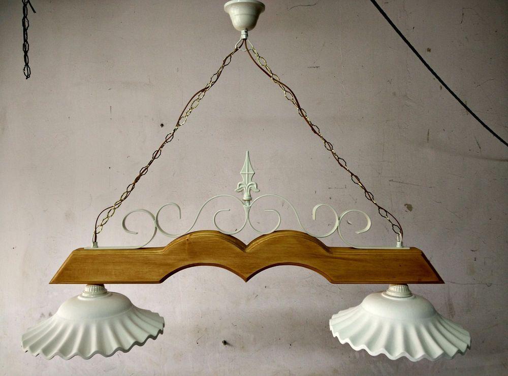 Dettagli su Lampadario in ferro battuto e legno mod