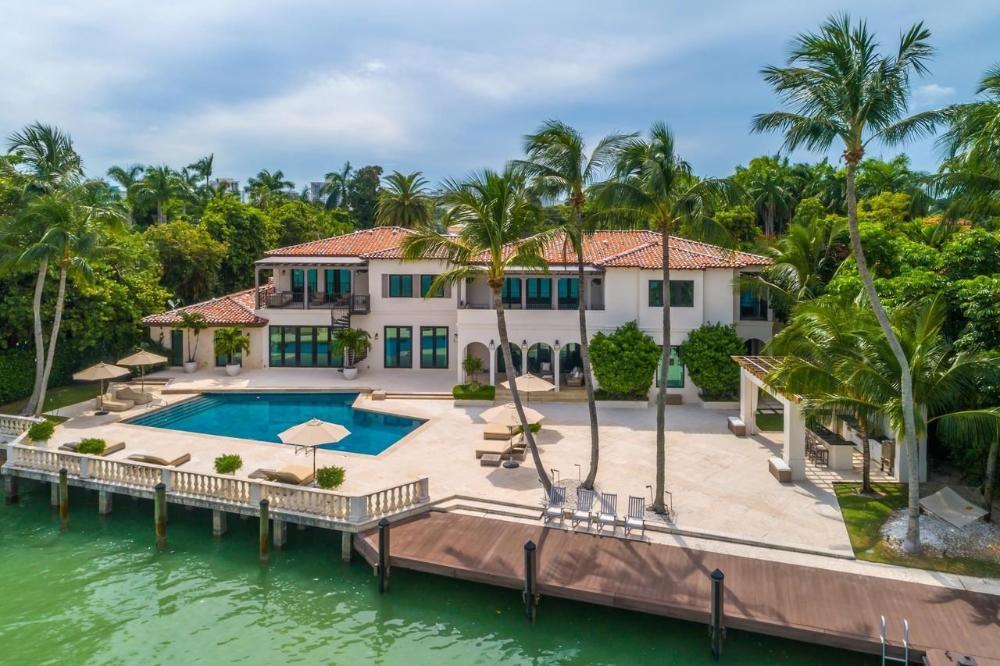 Dwyane Wade Asks 32 5 Million For Miami Beach Home Miami