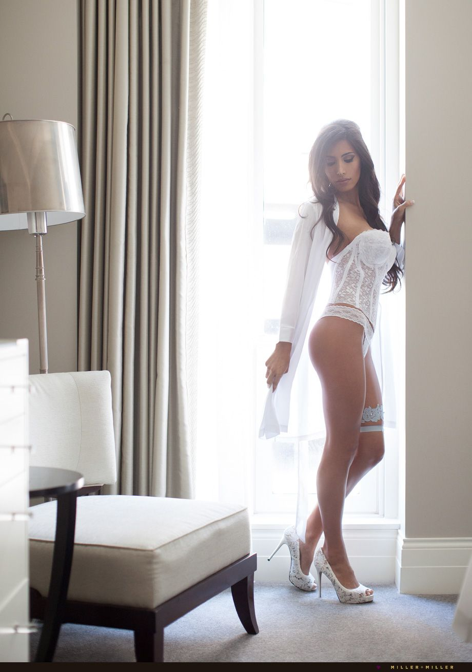 Magnificent Boudoir Photography Ideas Home Pattern - Home Decorating ...