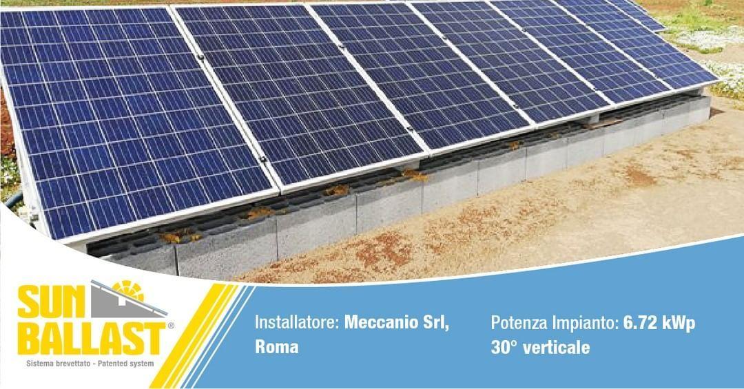 Meccanio Srl A Roma Con Le Nostre Zavorre Sun Ballast Visitate Il Nostro Sito Www Sunballast It E Contattateci Per Un Roof Solar Panel Outdoor Decor Outdoor